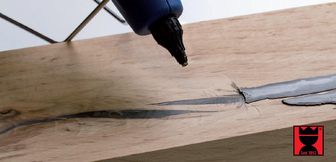 Tmel na suky a praskliny ve dřevě